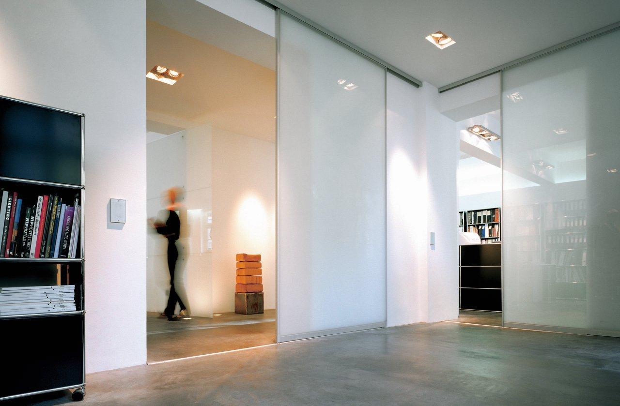 intraform staur ume. Black Bedroom Furniture Sets. Home Design Ideas